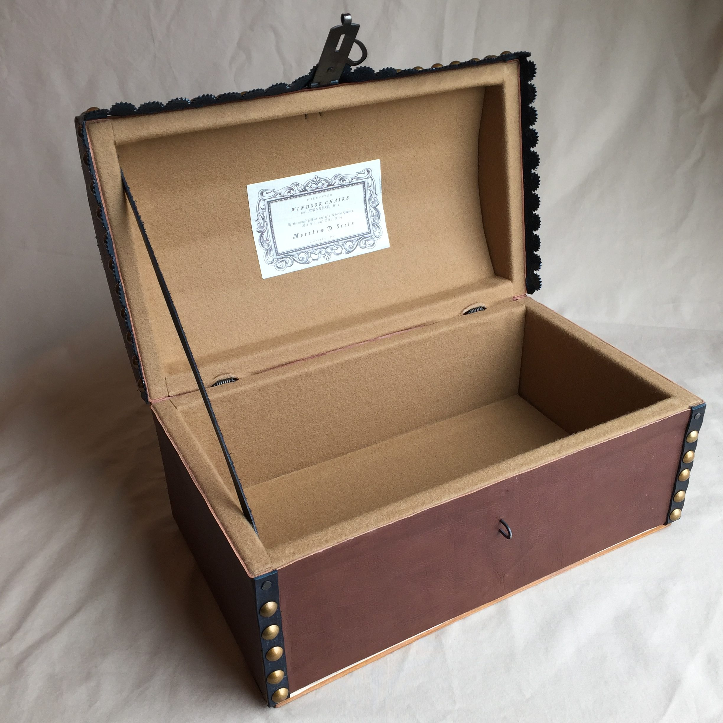 Interior of Document Box